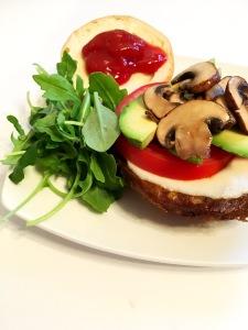 bbq, party, summer, burger, beyond meat, mushroom, veggie, lifelight, protein, nutrition, blogger, vegan, glutenfree, healthy, plant based, dairy free, recipe, fitness, eat, yummy